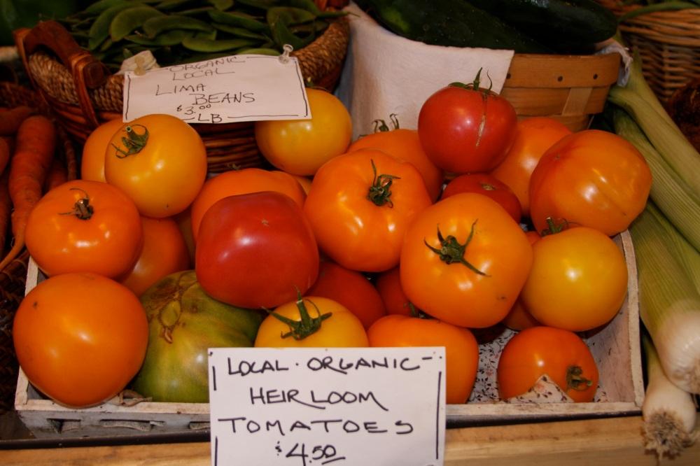 Organic tomatoes copy