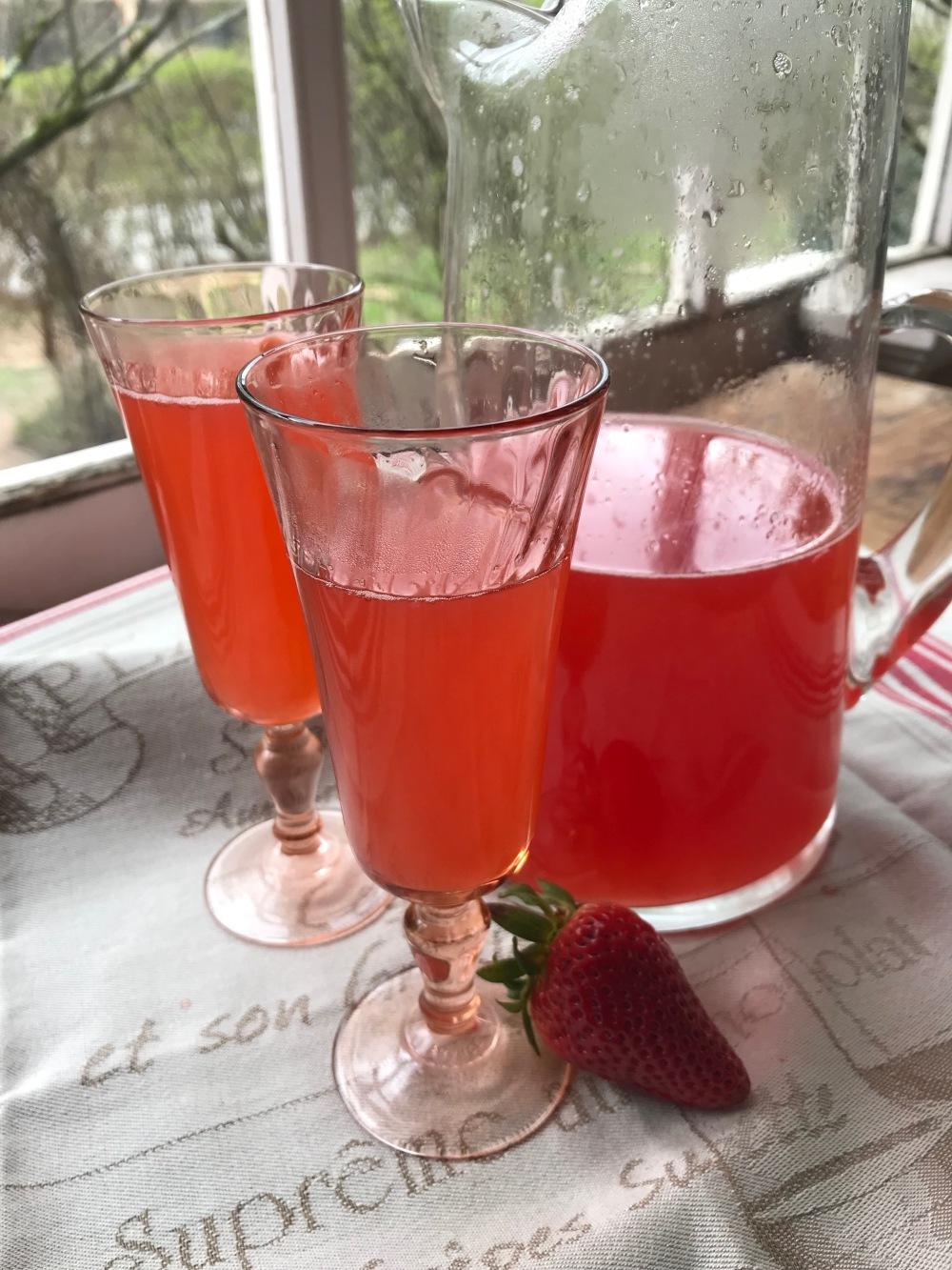 Rhubarb Strawberry Punch